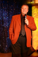 Chris Britten - Comedy Vocalist